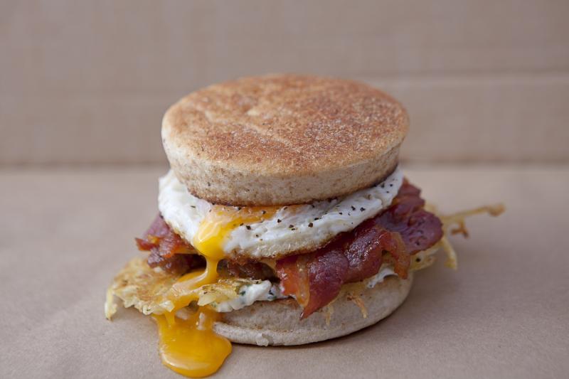 bacon og æg burger