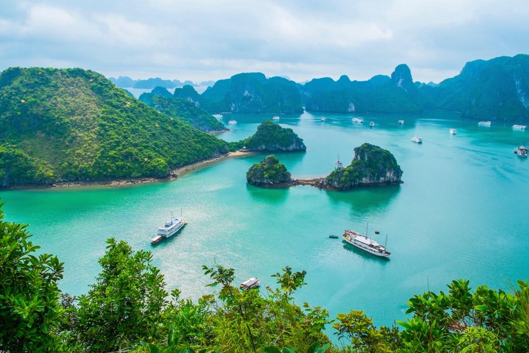 Halong Bay i Vietnam